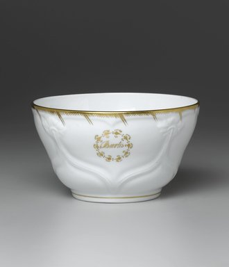 <em>Waste Bowl from a Twelve Piece Tea Service</em>, Patented 1853. Porcelain, 3 1/4 x 6 1/4 x 6 1/4 in. (8.2 x 15.9 x 15.9 cm). Brooklyn Museum, Gift of the Family of Paul E. Burtis, 1993.109.9. Creative Commons-BY (Photo: Brooklyn Museum, 1993.109.9_PS1.jpg)