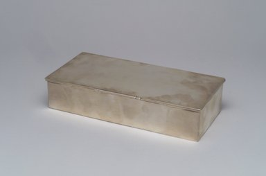William deMatteo (American, 1923-1988). <em>Cigarette Box</em>, ca. 1955. Silver, cedar, 1 1/2 x 7 3/8 x 3 1/2 in.  (3.8 x 18.7 x 8.9 cm). Brooklyn Museum, Gift of Gertrude Fehl, 1993.149. Creative Commons-BY (Photo: Brooklyn Museum, 1993.149_closed.jpg)