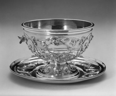 John Chandler Moore (active 1832-1844). <em>Bowl</em>, ca. 1860. Silver, height: 3 5/8 in. (99.3 cm). Brooklyn Museum, Marie Bernice Bitzer Fund, 1994.157.1. Creative Commons-BY (Photo: , 1994.157.1_1994.157.2_bw.jpg)