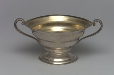 Reed & Barton (American, 1840-present). <em>Sugar Bowl, Modernist Pattern, Part of a 4-Piece Set</em>, 1928-1929. Silver, 2 5/8 x 5 7/16 x 3 3/8 in. (6.7 x 13.8 x 8.6 cm). Brooklyn Museum, Gift of Daniel Morris and Denis Gallion, 1994.205.12. Creative Commons-BY (Photo: Brooklyn Museum, 1994.205.12.jpg)