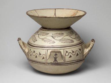 Daunian. <em>Olla</em>, 6th-4th century B.C.E. Clay, slip, 9 1/2 x 9 7/16 in. (24.2 x 24 cm). Brooklyn Museum, Gift of Robin F. Beningson, 1994.209.8. Creative Commons-BY (Photo: Brooklyn Museum, 1994.209.8.jpg)