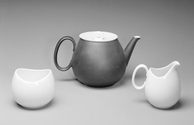 Raymond Loewy (American, born France, 1893-1986). <em>Teapot and Lid, Studio Line</em>, ca. 1954. Porcelain, 5 3/8 x 8 5/8 x 5 1/2 in. (13.7 x 21.9 x 14 cm). Brooklyn Museum, Gift of Della Petrick Rothermel in memory of John Petrick Rothermel, 1994.61.12a-b. Creative Commons-BY (Photo: , 1994.61.12a-b_1994.61.13_1994.61.14_bw.jpg)