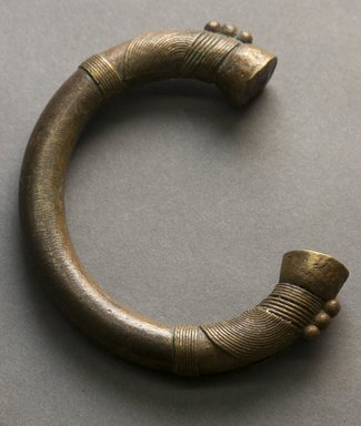 Tuareg. <em>Bracelet</em>, 20th century. Copper alloy, 3 7/8 x 3 3/16 x 1/2 in. Brooklyn Museum, Gift of Drs. John I. and Nicole Dintenfass, 1995.172.5. Creative Commons-BY (Photo: Brooklyn Museum, 1995.172.5_front_PS10.jpg)
