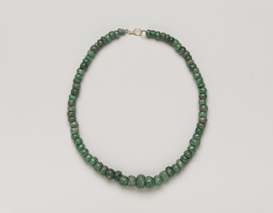 Maya. <em>Necklace</em>, 300-600. Jade beads (prehispanic), metal chain and clasp (modern), 3/8 × 3/8 × 16 in. (1 × 1 × 40.6 cm). Brooklyn Museum, Bequest of Mrs. Carl L. Selden, 1996.116.4. Creative Commons-BY (Photo: , 1996.116.4_PS9.jpg)