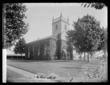 Daniel Berry Austin (American, born 1863, active 1899-1909). <em>Dutch Reformed Church, 18th Avenue and 84th Street, New Utrecht, Brooklyn</em>, ca. 1899-1909. Gelatin silver glass dry plate negative Brooklyn Museum, Brooklyn Museum/Brooklyn Public Library, Brooklyn Collection, 1996.164.1-1073 (Photo: Brooklyn Museum, 1996.164.1-1073_IMLS_SL2.jpg)