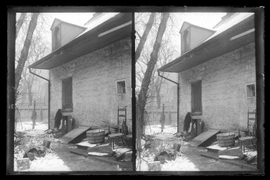 Daniel Berry Austin (American, born 1863, active 1899-1909). <em>Rem Lefferts House, Rear, Fulton Street opposite Arlington Place near Bedford, Brooklyn</em>, ca. 1899-1909. Gelatin silver glass dry plate negative Brooklyn Museum, Brooklyn Museum/Brooklyn Public Library, Brooklyn Collection, 1996.164.1-12 (Photo: Brooklyn Museum, 1996.164.1-12_IMLS_SL2.jpg)