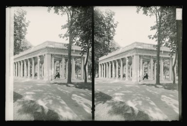 Daniel Berry Austin (American, born 1863, active 1899-1909). <em>Grecian Shelter, Prospect Park, Franklin Avenue Side of Prospect Park, Brooklyn</em>, ca. 1899-1909. Gelatin silver glass dry plate negative Brooklyn Museum, Brooklyn Museum/Brooklyn Public Library, Brooklyn Collection, 1996.164.1-130 (Photo: Brooklyn Museum, 1996.164.1-130_glass_SL1.jpg)