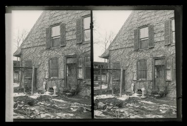 Daniel Berry Austin (American, born 1863, active 1899-1909). <em>Rem Lefferts House, East Gable, Fulton Street and Bedford Avenue, Brooklyn</em>, ca. 1899-1909. Gelatin silver glass dry plate negative Brooklyn Museum, Brooklyn Museum/Brooklyn Public Library, Brooklyn Collection, 1996.164.1-140 (Photo: Brooklyn Museum, 1996.164.1-140_glass_SL1.jpg)