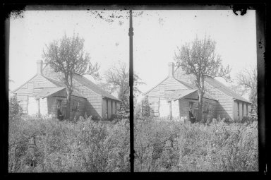 Daniel Berry Austin (American, born 1863, active 1899-1909). <em>L. Eldert House, Rear, Eldert Lane near Atlantic Avenue, Brooklyn</em>, ca. 1907. Gelatin silver glass dry plate negative Brooklyn Museum, Brooklyn Museum/Brooklyn Public Library, Brooklyn Collection, 1996.164.1-17 (Photo: Brooklyn Museum, 1996.164.1-17_IMLS_SL2.jpg)