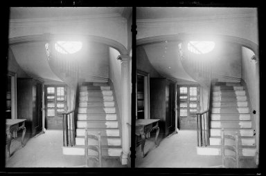 Daniel Berry Austin (American, born 1863, active 1899-1909). <em>Captain Story-Martense House, Hallway and Stairs, Church Avenue and East 38th Street, Flatbush, Brooklyn</em>, ca. 1899-1909. Gelatin silver glass dry plate negative Brooklyn Museum, Brooklyn Museum/Brooklyn Public Library, Brooklyn Collection, 1996.164.1-64 (Photo: Brooklyn Museum, 1996.164.1-64_IMLS_SL2.jpg)