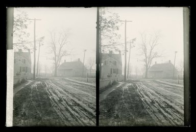 Daniel Berry Austin (American, born 1863, active 1899-1909). <em>Hegeman-Van Wyck House, Kings Highway Junction Mill Lane and Hunter Fly Road, Flatlands, Brooklyn</em>, ca. 1899-1909. Gelatin silver glass dry plate negative Brooklyn Museum, Brooklyn Museum/Brooklyn Public Library, Brooklyn Collection, 1996.164.1-89 (Photo: Brooklyn Museum, 1996.164.1-89_glass_SL1.jpg)