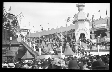 Eugene Wemlinger. <em>Luna Park</em>, 1909. Cellulose nitrate negative Brooklyn Museum, Brooklyn Museum/Brooklyn Public Library, Brooklyn Collection, 1996.164.10-20 (Photo: Brooklyn Museum, 1996.164.10-20_IMLS_SL2.jpg)