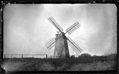 George Bradford Brainerd (American, 1845-1887). <em>Windmill, Southampton, Long Island</em>, ca. 1872-1887. Collodion silver glass wet plate negative Brooklyn Museum, Brooklyn Museum/Brooklyn Public Library, Brooklyn Collection, 1996.164.2-102 (Photo: Brooklyn Museum, 1996.164.2-102_glass_bw_SL1.jpg)