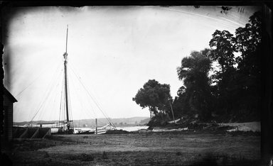 George Bradford Brainerd (American, 1845-1887). <em>Shore, Northport, Long Island</em>, ca. 1872-1887. Collodion silver glass wet plate negative Brooklyn Museum, Brooklyn Museum/Brooklyn Public Library, Brooklyn Collection, 1996.164.2-111 (Photo: Brooklyn Museum, 1996.164.2-111_glass_bw_SL4.jpg)