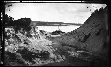 George Bradford Brainerd (American, 1845-1887). <em>Sand Banks, Easton Neck, Long Island</em>, ca. 1872-1887. Collodion silver glass wet plate negative Brooklyn Museum, Brooklyn Museum/Brooklyn Public Library, Brooklyn Collection, 1996.164.2-220 (Photo: Brooklyn Museum, 1996.164.2-220_glass_bw_SL4.jpg)