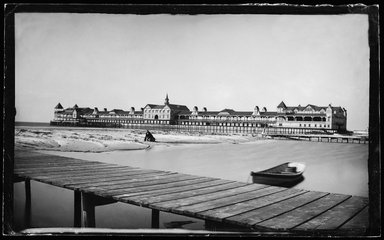 George Bradford Brainerd (American, 1845-1887). <em>Iron Pier, Coney Island, Brooklyn</em>, ca. 1872-1887. Collodion silver glass wet plate negative, 4 7/8 x 8 in. (12.4 x 20.3 cm). Brooklyn Museum, Brooklyn Museum/Brooklyn Public Library, Brooklyn Collection, 1996.164.2-272 (Photo: Brooklyn Museum, 1996.164.2-272_glass_IMLS_SL2.jpg)