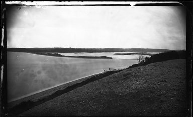 George Bradford Brainerd (American, 1845-1887). <em>Mouth of the Nissequogue River from west St. Johnland, Long Island</em>, ca. 1872-1887. Collodion silver glass wet plate negative Brooklyn Museum, Brooklyn Museum/Brooklyn Public Library, Brooklyn Collection, 1996.164.2-91 (Photo: Brooklyn Museum, 1996.164.2-91_glass_bw_SL4.jpg)