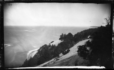 George Bradford Brainerd (American, 1845-1887). <em>Shore north of St. Johnland, Long Island</em>, ca. 1872-1887. Collodion silver glass wet plate negative Brooklyn Museum, Brooklyn Museum/Brooklyn Public Library, Brooklyn Collection, 1996.164.2-92 (Photo: Brooklyn Museum, 1996.164.2-92_glass_bw_SL4.jpg)