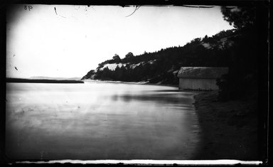 George Bradford Brainerd (American, 1845-1887). <em>Mouth of Sunk Meadow Brook, St. Johnland, Long Island</em>, ca. 1872-1887. Collodion silver glass wet plate negative Brooklyn Museum, Brooklyn Museum/Brooklyn Public Library, Brooklyn Collection, 1996.164.2-98 (Photo: Brooklyn Museum, 1996.164.2-98_glass_bw_SL4.jpg)