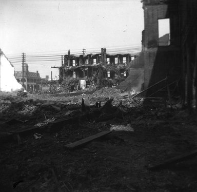 H.S. Lewis. <em>Coney Island Fire</em>, 1903. Negative Brooklyn Museum, Brooklyn Museum/Brooklyn Public Library, Brooklyn Collection, 1996.164.5-11 (Photo: Brooklyn Museum, 1996.164.5-11_SL4.jpg)