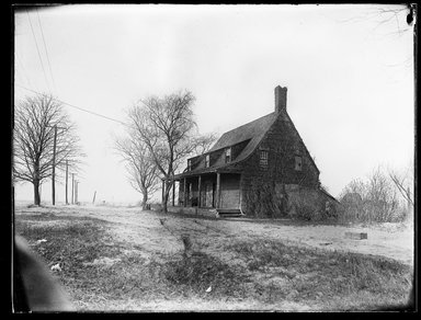 Dr. George S. Ogden (American, active 1900-1915). <em>Schenck House, Built 1656</em>, May 1914. Gelatin silver glass dry plate negative Brooklyn Museum, Brooklyn Museum/Brooklyn Public Library, Brooklyn Collection, 1996.164.6-8 (Photo: Brooklyn Museum, 1996.164.6-8_SL1.jpg)