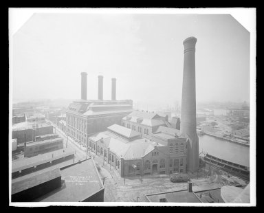 Irving Underhill (American, 1872-1960). <em>Power House Brooklyn Rapid Transit, Kent Avenue, Brooklyn</em>, ca. 1896-1950. Gelatin silver glass dry plate negative Brooklyn Museum, Brooklyn Museum/Brooklyn Public Library, Brooklyn Collection, 1996.164.8-B16621. © artist or artist's estate (Photo: Brooklyn Museum, 1996.164.8-B16621_glass_IMLS_SL2.jpg)
