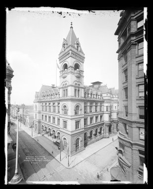 Irving Underhill (American, 1872-1960). <em>Brooklyn Post Office, Washington and Johnson Streets, Brooklyn</em>, ca. 1896-1950. Gelatin silver glass dry plate negative Brooklyn Museum, Brooklyn Museum/Brooklyn Public Library, Brooklyn Collection, 1996.164.8-B16647. © artist or artist's estate (Photo: Brooklyn Museum, 1996.164.8-B16647_glass_IMLS_SL2.jpg)
