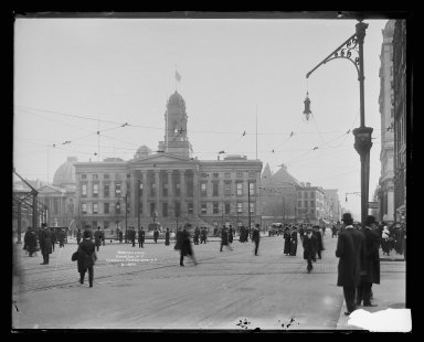 Irving Underhill (American, 1872-1960). <em>Borough Hall, Brooklyn</em>, ca. 1896-1950. Gelatin silver glass dry plate negative Brooklyn Museum, Brooklyn Museum/Brooklyn Public Library, Brooklyn Collection, 1996.164.8-B19841. © artist or artist's estate (Photo: Brooklyn Museum, 1996.164.8-B19841_glass_IMLS_SL2.jpg)