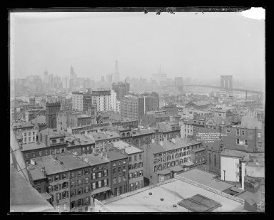 Irving Underhill (American, 1872-1960). <em>Brooklyn, New York from Clinton and Fulton Streets</em>, ca. 1896-1950. Gelatin silver glass dry plate negative Brooklyn Museum, Brooklyn Museum/Brooklyn Public Library, Brooklyn Collection, 1996.164.8-B19842. © artist or artist's estate (Photo: Brooklyn Museum, 1996.164.8-B19842_glass_IMLS_SL2.jpg)