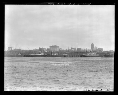 Irving Underhill (American, 1872-1960). <em>Brooklyn from Governor's Island</em>, 1921. Gelatin silver glass dry plate negative Brooklyn Museum, Brooklyn Museum/Brooklyn Public Library, Brooklyn Collection, 1996.164.8-B38824. © artist or artist's estate (Photo: Brooklyn Museum, 1996.164.8-B38824_glass_IMLS_SL2.jpg)