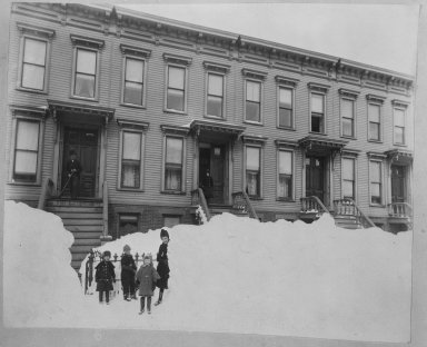 Breading G. Way (American, 1860-1940). <em>Blizzard of March 1888, Brooklyn</em>, ca. 1888. Cellulose nitrate negative Brooklyn Museum, Brooklyn Museum/Brooklyn Public Library, Brooklyn Collection, 1996.164.9-14 (Photo: Brooklyn Museum, 1996.164.9-14_bw.jpg)