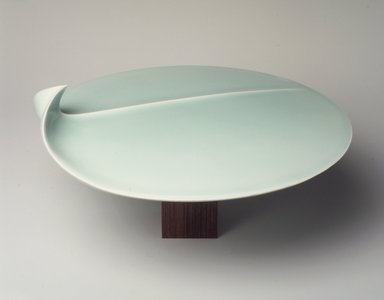 Fukami Sueharu (Japanese, born 1947). <em>Seascape II</em>, 1996?. Porcelain, seihakuji glaze, 5 1/4 x 10 1/8 in. (13.3 x 25.7 cm). Brooklyn Museum, Gift of Joan B. Mirviss, 1996.216. © artist or artist's estate (Photo: Brooklyn Museum, 1996.216_transp6299.jpg)