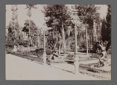 <em>[Untitled], One of 274 Vintage Photographs</em>, late 19th-early 20th century. Photograph, 4 1/2 x 6 5/16 in.  (11.5 x 16.0 cm). Brooklyn Museum, Purchase gift of Leona Soudavar in memory of Ahmad Soudavar, 1997.3.66 (Photo: Brooklyn Museum, 1997.3.66_IMLS_PS3.jpg)