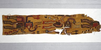 Paracas. <em>Fragment of Mantle or Poncho</em>, 100 B.C.E.-200 C.E. Camelid fibers, 4 5/8 x 22 1/2 in. (11.7 x 57.2 cm). Brooklyn Museum, Gift of Morris de Camp Crawford, Jr., 1997.56.2. Creative Commons-BY (Photo: Brooklyn Museum, 1997.56.2_SL1.jpg)