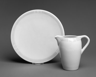 Rookwood Pottery Company (1880-1967). <em>Plate</em>, ca. 1912. Ceramic, 1 x 7 5/8 x 7 5/8 in. (2.5 x 9.5 x 9.5 cm). Brooklyn Museum, H. Randolph Lever Fund, 1998.21.3. Creative Commons-BY (Photo: , 1998.21.2_1998.21.3_bw.jpg)