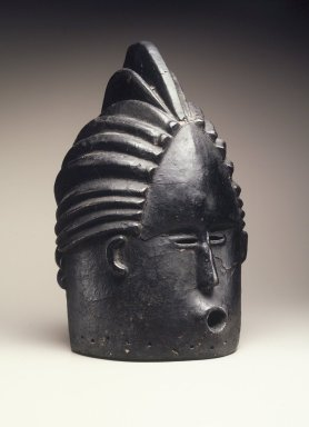 Bassa. <em>Sande society mask (sowei)</em>, early 20th century. Wood, pigment, 16 1/2 x 9 x 10 in. (41.9 x 22.9 x 25.4 cm). Brooklyn Museum, Gift of Blake Robinson, 1998.80.2. Creative Commons-BY (Photo: Brooklyn Museum, 1998.80.2_transpc002.jpg)