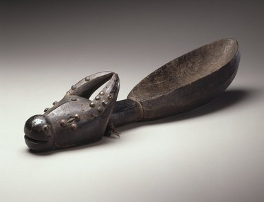 Dan. <em>Feast Ladle (Wunkermian)</em>, early 20th century. Wood, copper alloy, fiber, 22 3/8 x 5 x 5 in. (56.8 x 12.7 x 12.7 cm). Brooklyn Museum, Gift of Blake Robinson, 1998.80.4. Creative Commons-BY (Photo: Brooklyn Museum, 1998.80.4_SL1.jpg)