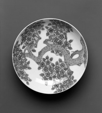 <em>Dish, Nabeshima Ware</em>, ca. 1690-1720. White porcelain with underglaze blue decoration, 1 3/8 x 5 3/4 in.  (3.5 x 14.5 cm). Brooklyn Museum, Gift of Masahiro Hashiguchi, 1998.83. Creative Commons-BY (Photo: Brooklyn Museum, 1998.83_view1_bw.jpg)