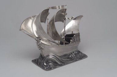 George W. Shiebler & Co. (1876-1915). <em>Yachting Trophy</em>, ca. 1904. Silver, 6 x 9 1/2 x 5 1/16 in. (15.3 x 24.1 x 12.8cm). Brooklyn Museum, Purchased with funds given by the Charles and Mildred Schnurmacher Foundation, Inc., 1998.91. Creative Commons-BY (Photo: Brooklyn Museum, 1998.91.jpg)