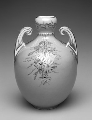 Royal Crown Derby Porcelain Co. (founded 1750). <em>Vase</em>, ca. 1885. Porcelain, 5 3/4 x 8 3/4 x 3 1/4 in.  (14.6 x 22.2 x 8.3 cm). Brooklyn Museum, Gift of Allen and Sydell Glass in memory of Nathaniel Roven and Hyman Roven, 1998.93.12. Creative Commons-BY (Photo: Brooklyn Museum, 1998.93.12_bw.jpg)