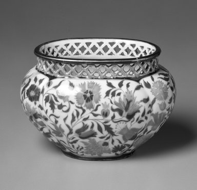 Zsolnay. <em>Cache Pot or Vase</em>, ca. 1890. Glazed earthenware, 4 1/4 x 6 x 4 1/4 in.  (10.8 x 15.2 x 10.8 cm). Brooklyn Museum, Gift of Allen and Sydell Glass in memory of Sydelle Boiman, 1998.93.6. Creative Commons-BY (Photo: Brooklyn Museum, 1998.93.6_bw.jpg)