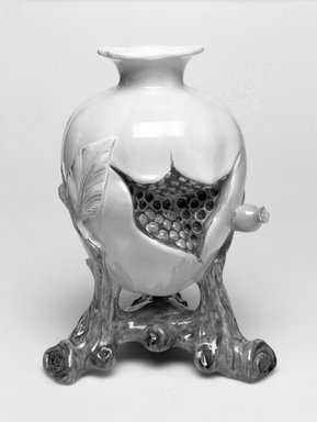 Worcester Royal Porcelain Co. (founded 1751). <em>Vase, shape 319</em>, ca. 1880. Porcelain, 7 3/4 x 5 7/8 x 5 in. (19.7 x 14.9 x 12.7 cm). Brooklyn Museum, Gift of the Estate of Harold S. Keller, 1999.152.275. Creative Commons-BY (Photo: Brooklyn Museum, 1999.152.275_bw.jpg)