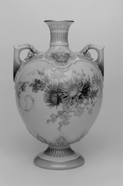 Worcester Royal Porcelain Co. (founded 1751). <em>Vase, shape 1672</em>, introduced 1893, made 1895. Porcelain, 11 5/8 x 7 1/2 x 7 1/4 in. (29.5 x 19.1 x 18.4 cm). Brooklyn Museum, Gift of the Estate of Harold S. Keller, 1999.152.31. Creative Commons-BY (Photo: Brooklyn Museum, 1999.152.31_bw.jpg)