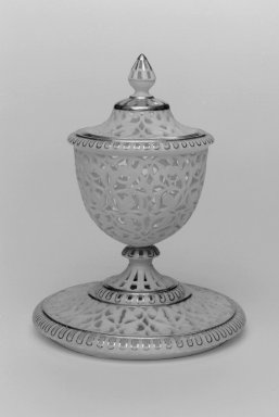 Grainger and Co.. <em>Cup, Lid, Stand and Liner, shape 348</em>, 1893. Porcelain, 5 7/8 x 4 3/8 in. (14.9 x 11.1 cm). Brooklyn Museum, Gift of the Estate of Harold S. Keller, 1999.152.67a-d. Creative Commons-BY (Photo: Brooklyn Museum, 1999.152.67a-d_bw.jpg)
