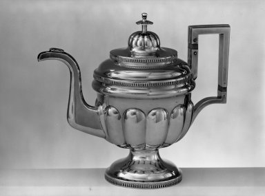 N. Taylor & Co. (American, working 1808-1817). <em>Teapot</em>, ca. 1815. Silver, height x width: 10 13/16 x 12 5/8 in. (27.4 x 32 cm). Brooklyn Museum, Bequest of Samuel E. Haslett, 20.789. Creative Commons-BY (Photo: Brooklyn Museum, 20.789_acetate_bw.jpg)