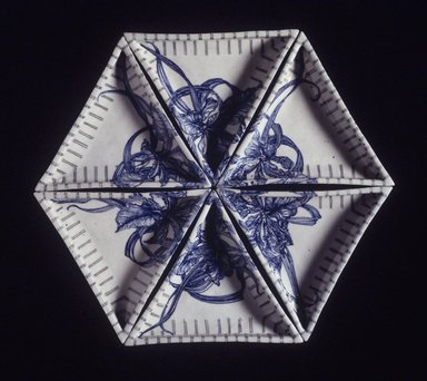Ikuta Susumu (Japanese, born 1934). <em>Segmented Dishes</em>, 1990. Porcelain with underglaze decoration, each dish: 1 3/8 x 7 5/8 x 9 in. (3.5 x 19.4 x 22.9 cm). Brooklyn Museum, Gift of Nobuko Kajitani, 2000.14.2a-f. Creative Commons-BY (Photo: Brooklyn Museum, 2000.14.2a-f_transp5018_top.jpg)