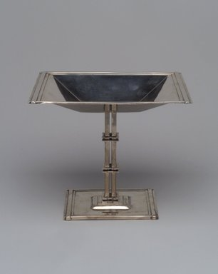Reed & Barton (American, 1840-present). <em>Tazza, Modernist Pattern</em>, ca. 1928. Silver, 5 3/4 x 6 11/16 x 5 5/16 in. (14.6 x 17 x 13.5cm). Brooklyn Museum, Marie Bernice Bitzer Fund, 2000.42. Creative Commons-BY (Photo: Brooklyn Museum, 2000.42.jpg)