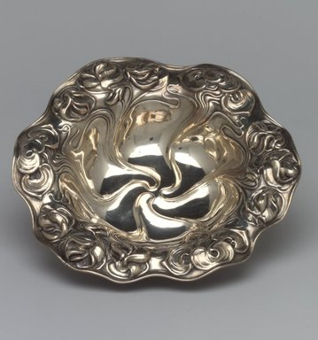 William B. Kerr & Company (1855-1906?). <em>Bon Bon Dish</em>, ca. 1910. Silver, 1 1/4 x 6 x 6 in.  (3.2 x 15.2 x 15.2 cm). Brooklyn Museum, Gift in memory of Harry and Marian R. Lipton presented on behalf of their great-grandchildren, Elissa H. Samet, Brandon R. Derringer, Jeremy A. Derringer, and Justin M. Derringer, 2000.6.6. Creative Commons-BY (Photo: Brooklyn Museum, 2000.6.6.jpg)
