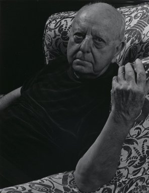 Arthur Mones (American, 1919-1998). <em>Virgil Thomson</em>, 1981. Gelatin silver photograph, image:  13 1/2 x 10 1/2 in.  (34.3 x 26.7 cm);. Brooklyn Museum, Gift of Wayne and Stephanie Mones at the request of their father, Arthur Mones, 2000.89.13. © artist or artist's estate (Photo: Brooklyn Museum, 2000.89.13_PS4.jpg)