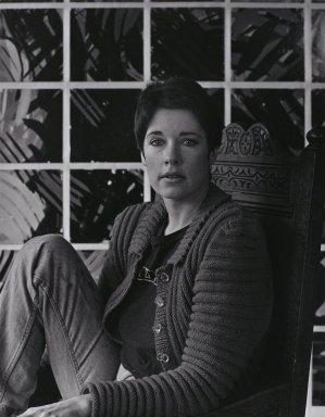 Arthur Mones (American, 1919-1998). <em>Jennifer Bartlett</em>, 1980. Gelatin silver photograph, image:  13 1/2 x 10 1/2 in.  (34.3 x 26.7 cm);. Brooklyn Museum, Gift of Wayne and Stephanie Mones at the request of their father, Arthur Mones, 2000.89.22. © artist or artist's estate (Photo: Brooklyn Museum, 2000.89.22_PS4.jpg)